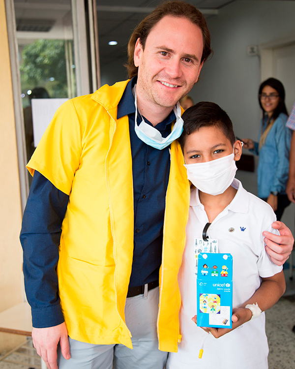 One day with the hospital program at the military hospital Dr Carlos Arvelo